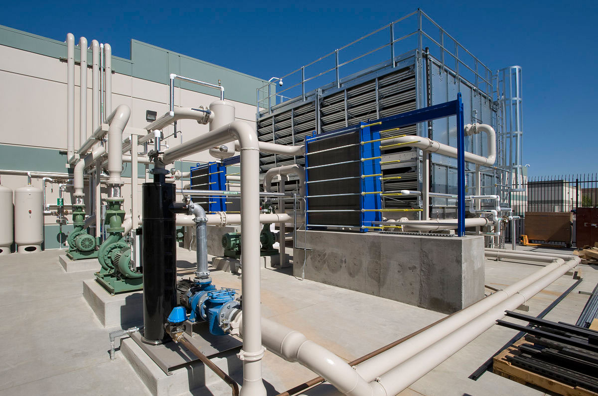 在线电导率仪在循环冷却水工艺上的应用